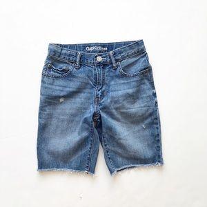 Gap kids raw hem distressed denim shorts EUC 8Y